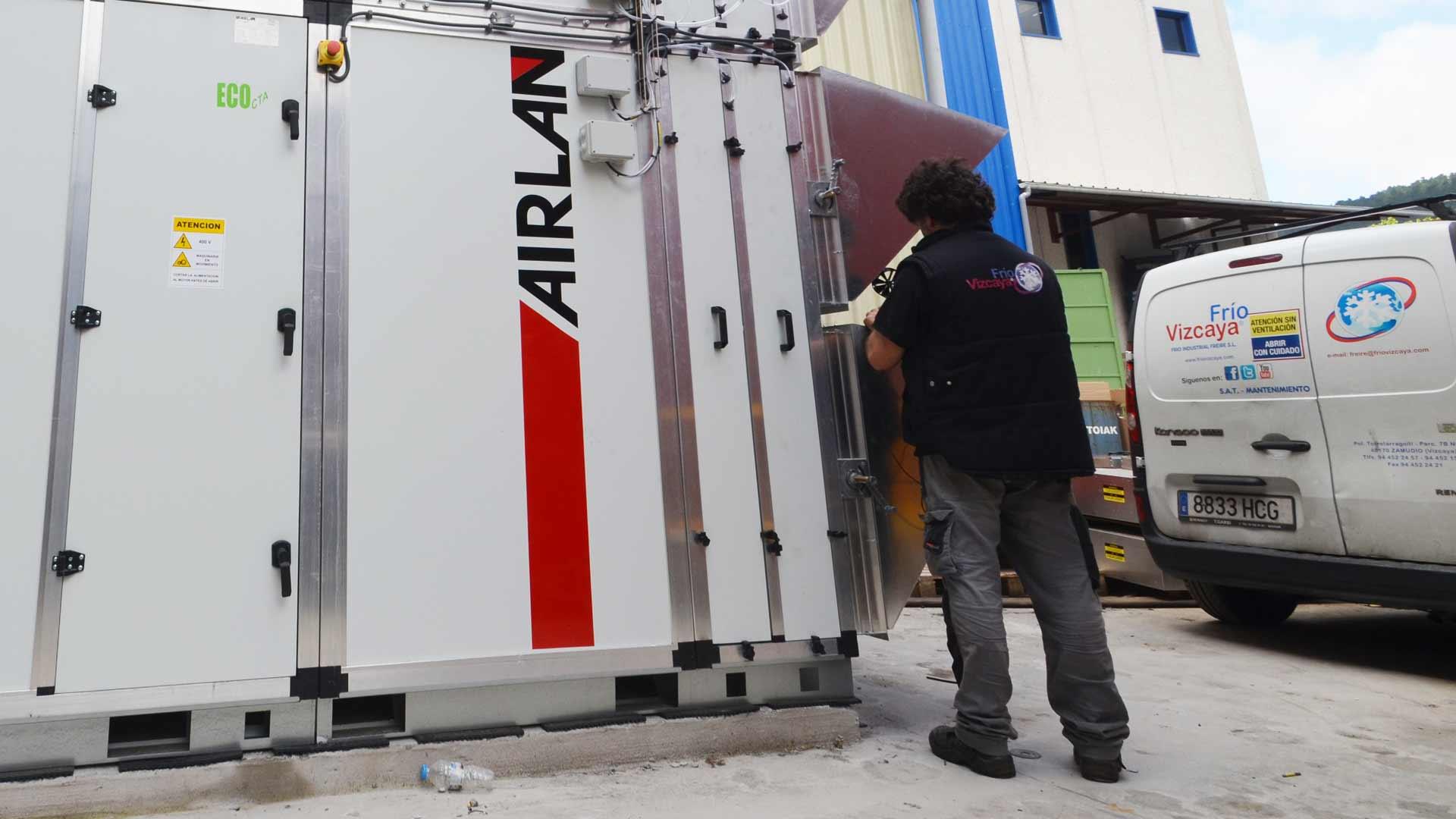 Venta y reparación aire acondicionado y enfriadora de agua